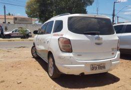 Santinhos de candidata ao pleito do Conselho Tutelar são apreendidos em carro da Prefeitura de Patos – VEJA VÍDEO