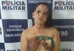 Mulher é presa com carro roubado e oferece sexo para ser solta