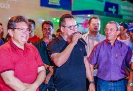 Adriano Galdino participa da comemoração de emancipação política de Taperoá