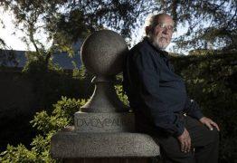 'Não há lugar para Deus no universo', diz ganhador do Nobel de Física