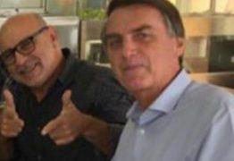 """""""20 continho pra gente caia bem"""" diz Queiroz ao orientar interlocutor a conseguir emprego no Congresso"""