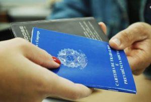 Trabalho 300x204 - Brasil cria 157 mil empregos formais, no melhor mês de setembro em 6 anos