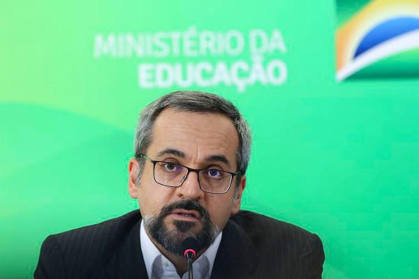 abraham weintraub 1 - PSDB diz que ministro Weintraub é a 'doença terminal da Educação no Brasil'