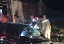 Motorista morre após capotar carro e bater em poste na Av. Cruz das Armas