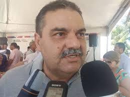 download 2 3 - Agricultor  é preso após tentar agredir prefeito com golpes de faca peixeira