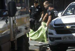 Menina de 5 anos é morta a facadas em frente à escola
