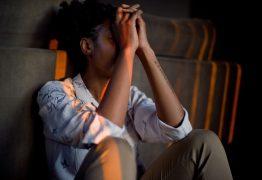 Taxa de suicídios entre crianças e jovens de 10 a 24 anos cresce pelo décimo ano consecutivo nos EUA