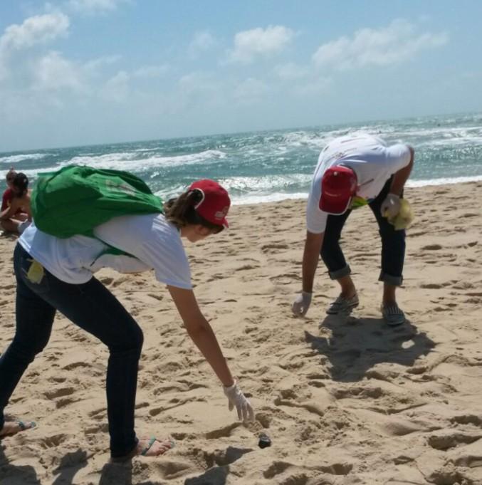 10.11.2016 Limpeza de praia - PRAIA LIMPA: Sudema lança edital para seleção de voluntários