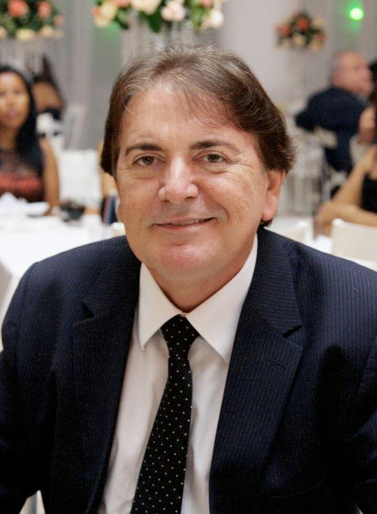 1004627 190639304436364 578989629 n - LUTO NA IMPRENSA: Morre jornalista Heraldo Nóbrega após cair do 16º andar de prédio em Tambauzinho