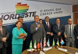 Em carta, governadores do Nordeste criticam políticas federais de meio ambiente e falta de celeridade no combate as manchas de óleo no litoral