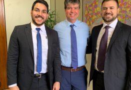 Pequenos produtores de energia solar recebem apoio de Ruy Carneiro