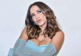 Anitta revela 'ficada' com MC Rebecca: 'Só beijo' – VEJA VÍDEO