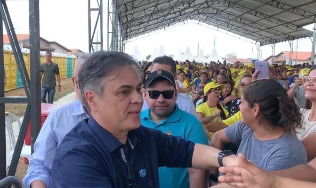 Capturar6 3 - 'ROUBOU' A CENA: Cássio é ovacionado durante chegada à solenidade de entrega do Aluízio Campos - VEJA VÍDEO