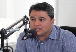 'TEM DIÁLOGO E CAPACIDADE': Efraim Filho afirma que não abre mão de união com João Azevedo
