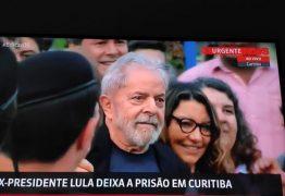 Durante discurso Lula agradece vigília e acusa 'lado podre' do Ministério Público e da Polícia Federal por tentativa de criminalizá-lo