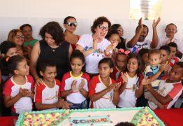 Em clima de festa, prefeita Márcia Lucena entrega reforma e ampliação da Escola Municipal Pedro Gondim