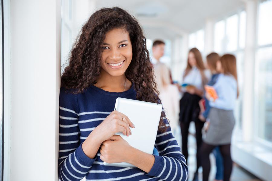 FOTO 3 - MEC libera investimento para escolas de ensino médio integral