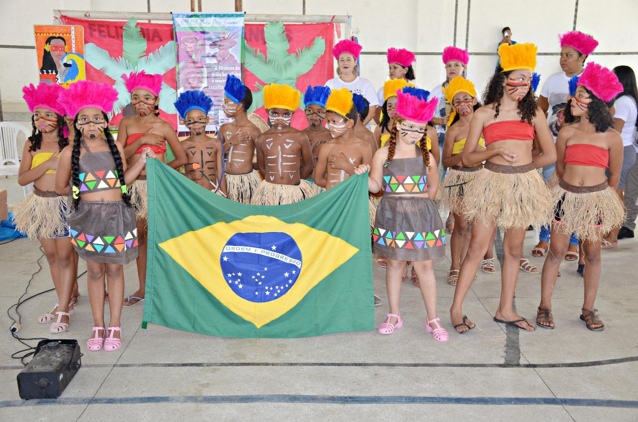 IMG 20191112 WA0044 - Centenas de alunos de Santa Rita apresentam projeto sobre tradições indígenas