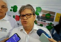 João Azevêdo entrega travessia urbana em Cacimba de Dentro e reforma de escola em Solânea