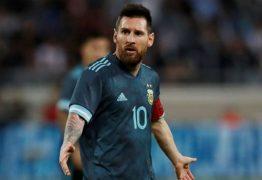 """Messi responde 'convite' de Cavani para briga: """"Quando quiser"""""""