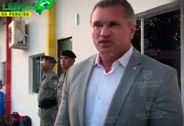Julian Lemos se compromete a destinar recursos para Colégio da Polícia Militar – VEJA VÍDEO