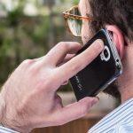 façando ao telefone celular 150x150 - É GOLPE! Procon-SP alerta para ligações com o próprio número - VEJA VÍDEO