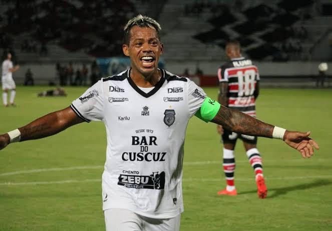images 1 17 - Marcelinho Paraíba anuncia que vai se aposentar do futebol