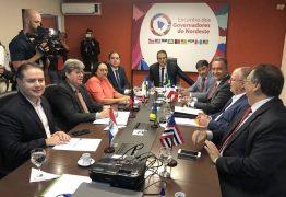 DITADURA NUNCA MAIS: João Azevedo subscreve carta de governadores contra declaração de Eduardo Bolsonaro