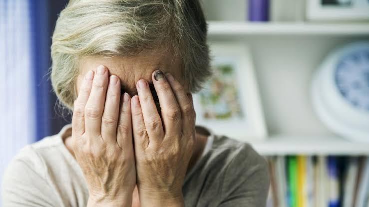 images 4 6 - Idosa de 92 anos com Alzheimer é estuprada por vizinho