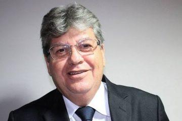 joão azevedo 360x240 - Nesta segunda-feira João empossará 1000 novos professores na Paraíba