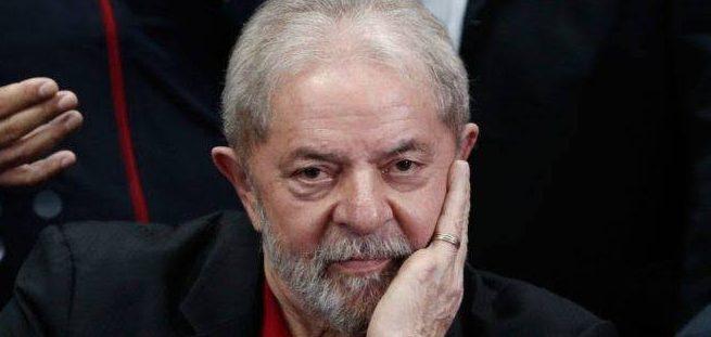 lula 1 e1575056905276 - LULA É ALVO DE EXCLUDENTE DE ILICITUDE: Juízes do TRF-4 e MPF deram a entender que tudo é permitido a quem acusa e julga - Por Reinaldo Azevedo