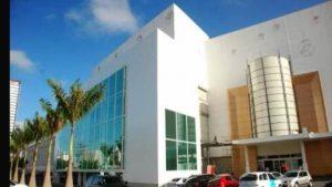 manaira shopping center 300x169 - INCONSTITUCIONALIDADE: Juiza exime o Manaira Shopping de cumprir a lei dos 20 minutos grátis nos estacionamentos