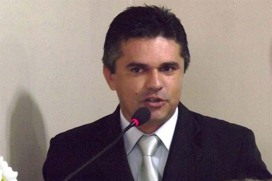 prefeito de duas estradas edson gomes - Ex-prefeito de Duas Estradas é denunciado por danos aos cofres públicos