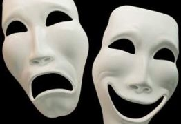 A TRAGICOMÉDIA NACIONAL: por atos ou omissões estamos construindo o script dessa peça teatral – Por Rui Leitão
