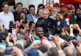 FORA DA CADEIA: Lula anuncia volta à política, ataca Bolsonaro e a Lava-Jato