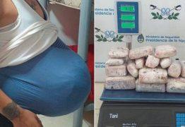 NARCOGRAVIDEZ: mulher é flagrada com 4 quilos de maconha em barriga falsa