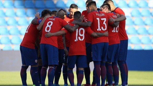 xkingarturo23oficial 71598592 487944208458434 6974387265675913572 n 1.jpg.pagespeed.ic .sgo 3u2Ytn 1 - Jogadores do Chile decidem não entrar em campo em apoio aos protestos no país