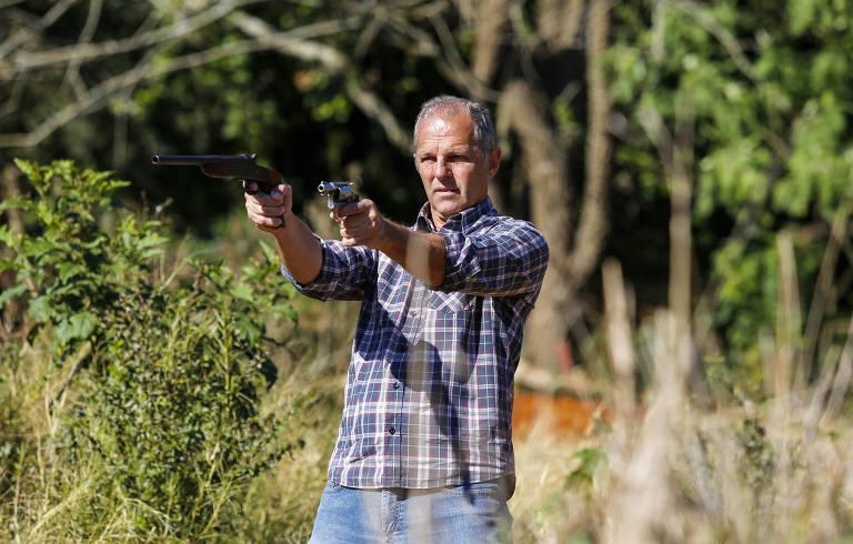 15636449445d33541061a56 1563644944 3x2 md - LICENÇA PARA MATAR: Com Bolsonaro, registros de novas armas aumentam quase 50%