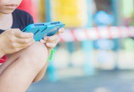 83,6% dos jovens são sedentários e especialista afirma que limitar tempo de uso de eletrônicos pode mudar índices