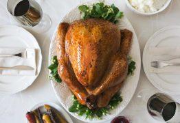 Nutricionista dá dicas de como preparar Ceia de Natal e Jantar de Réveillon mais saudável