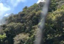 Incêndio no Cabo Branco: Corpo de Bombeiros apaga chamas em reserva de Mata Atlântica em João Pessoa – VEJA VÍDEO