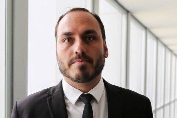 Carlos Bolsonaro 868x644 360x240 - CASO MARIELLE: Carlos compartilha vídeo que acusa Witzel de 'armar' nova reportagem contra Bolsonaro; VEJA VÍDEO