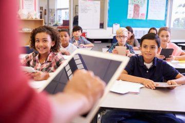 FOTO 4 1 360x240 - Matricular filhos na escola está cada vez mais caro