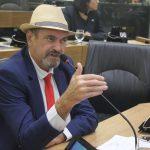 Jeová Campos defendeu os dois PLs que foram aprovados por unanimidade 150x150 - PL's aprovados pela ALPB prestam homenagem  a dois paraibanos que serão nome de escola e de rodovia