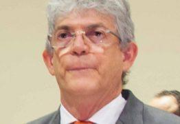 Colunista de O Globo compara Ricardo Coutinho a ex-governador presidiário