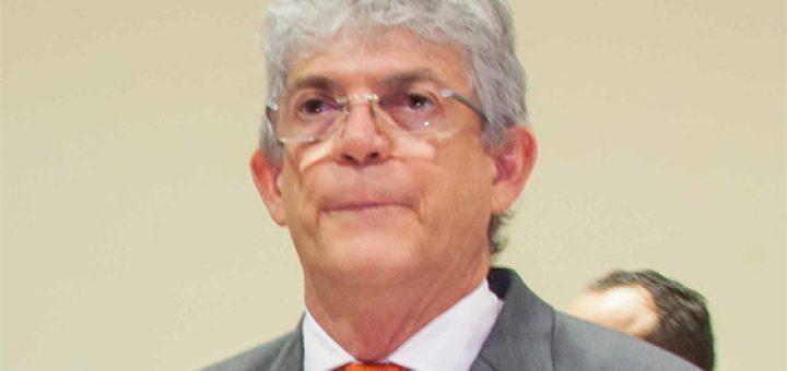 Ricardo Coutinho com a boca murcha 720x340 - Movimentações em Brasília podem levar Ricardo Coutinho de volta à prisão nesta quarta