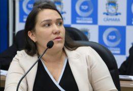 Vereadora Edjane denuncia ameaça política em Patos: 'Não precisa pisar nos meus ovos, pois nem ovo eu tenho'; VEJA VÍDEO