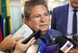 Adriano Galdino pede apoio da bancada federal contra projeto que visa privatizar empresas de saneamento