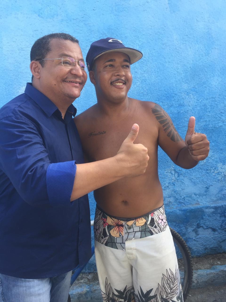 WhatsApp Image 2019 12 08 at 15.56.22 - ANIVERSÁRIO DA SÃO RAFAEL: Nilvan Ferreira faz ação de pré campanha em comunidade