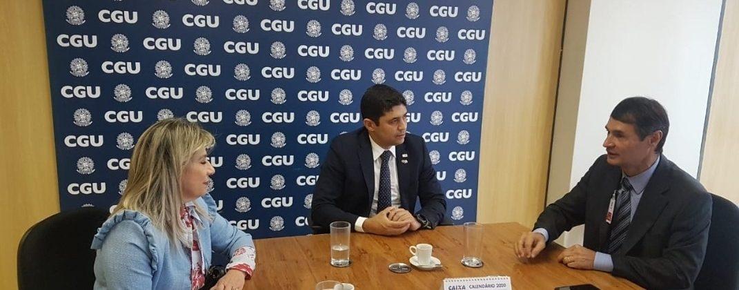 Prefeito de CG anuncia auditor federal como novo Controlador Geral do Município